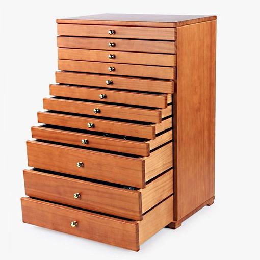 Vue de 3/4 de la grande boîte à bijoux à 12 tiroirs (tous ouverts)
