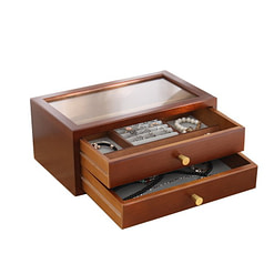 Vue de 3/4 de la boîte en bois avec tiroirs ouverts