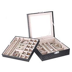 Vue de 3/4 de la boîte à bijoux en cuir matelassé (entrouverte, avec plateau déposé)