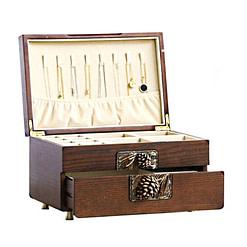 Vue de 3/4 de la boîte à bijoux en bois sculpté (ouverte)