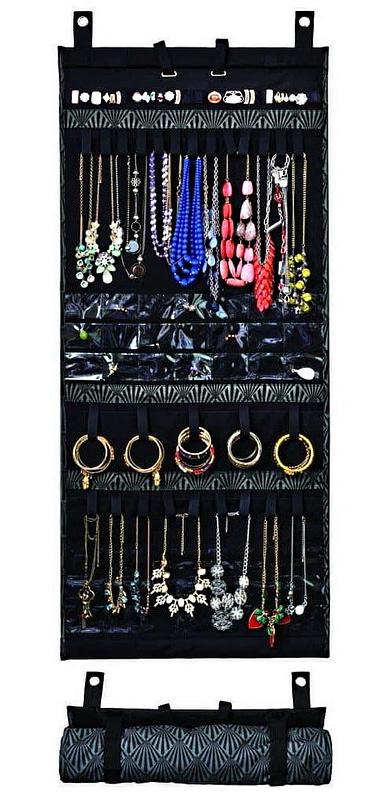 Grand organisateur de voyage en tissu (vu enroulé et déroulé avec ses bijoux)