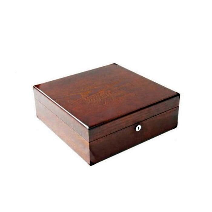 Vue de 3/4 de la boîte en bois précieux (fermée)