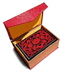 Emballage de la boîte à bijoux originale 'lotus' rouge
