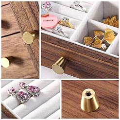 Collage de 4 photos de détails de la boîte à bijoux en bois à tiroir vertical (intérieur des compartiments, poignées et pied)