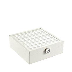 Vue de 3/4 de la boîte à bijoux simili cuir blanc fermée