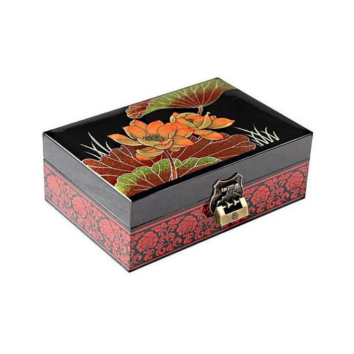 Vue de 3/4 de la boîte à bijoux originale 'fleurs de nénuphar'