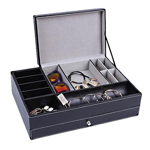 Vue de 3/4 de la boîte à bijoux en cuir tendance (couvercle supérieur ouvert, avec bijoux)