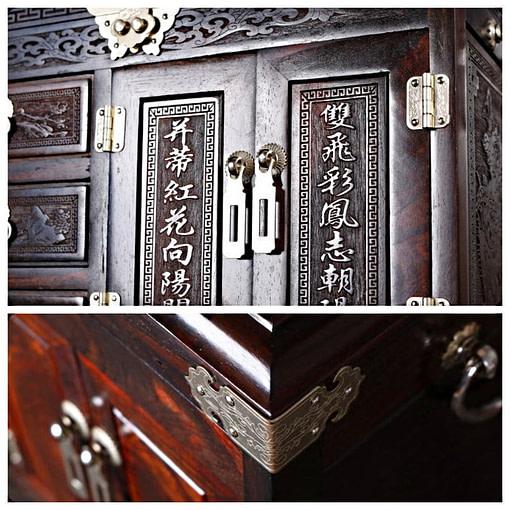 Collage de 2 photos détaillant la grande boîte à bijoux en bois artisanale