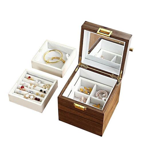 Compartiments de la boîte à bijoux en bois 'petit cube'