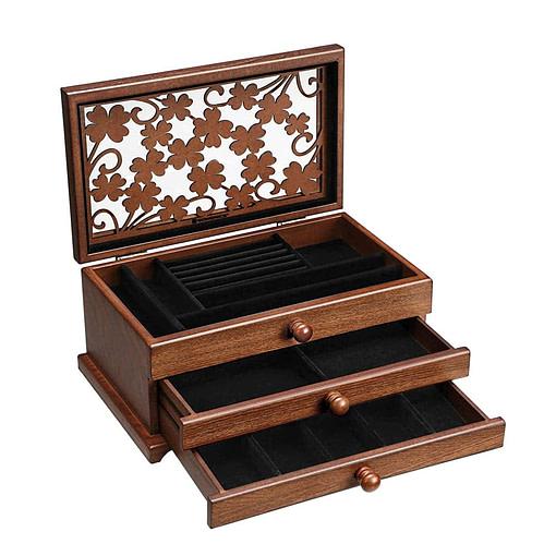 Vue de 3/4 de la boîte à bijoux en bois 2 tiroirs et fleurs (ouverte, vue sur les rangements)