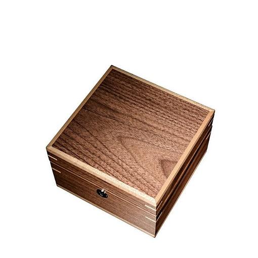 Boîte à bijoux en bois 'grand cube', fermée