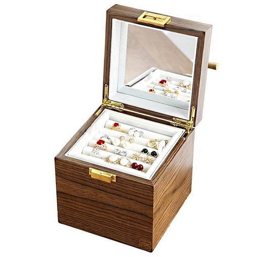 Vue de 3/4 de la boîte à bijoux en bois 'petit cube' (ouverte)