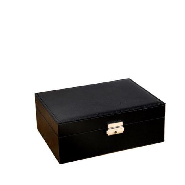 Vue de 3/4 de la boîte à bijoux aspect cuir (fermée)