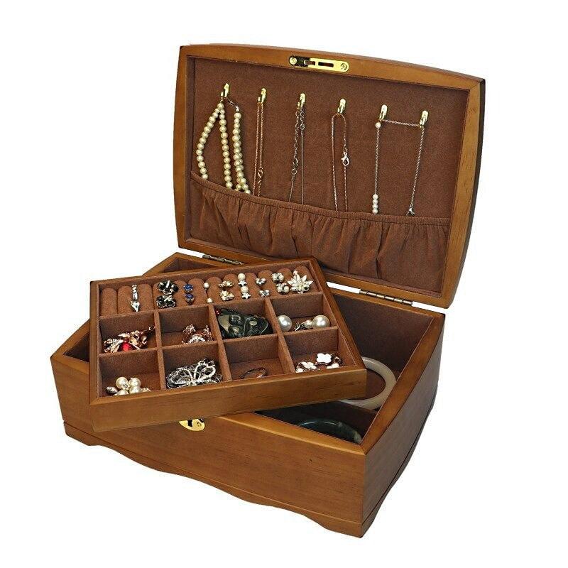 Vue de 3/4 de la boîte à bijoux en bois 'vintage marron' (ouverte, avec compartiment soulevé)