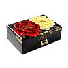 Vue de 3/4 du dessus de la boîte représentant 2 fleurs (blanche et rouge) d'un begonia sur fond noir