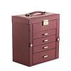 Vue de 3/4 de la grande boîte à bijoux en cuir marron à 4 tiroirs (fermée)