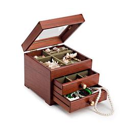 Vue de 3/4 de la boîte à bijoux en bois cubique avec verre, entrouverte
