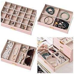 Collage de 4 photos présentant les rangements de la grande boîte à bijoux en cuir rose à 3 tiroirs