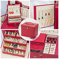 Collage de 4 photos présentant les rangements de la grande boîte à bijoux en cuir rouge à portes