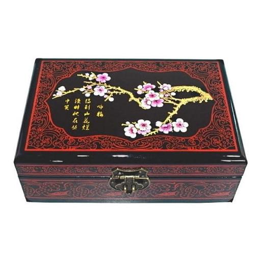 Dessus de la boîte représentant une branche de cerisier fleurie