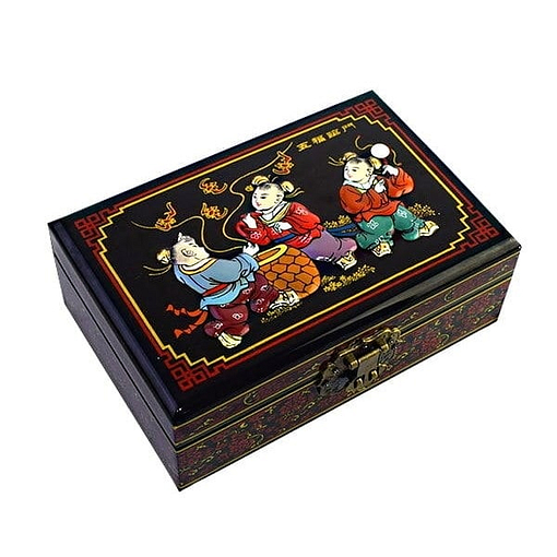 Vue de 3/4 de la boîte 'Folklore chinois' représentant 3 personnages