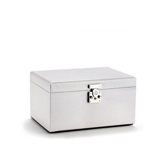 Vue de 3/4 de la boîte à bijoux en cuir modulable blanc fermée