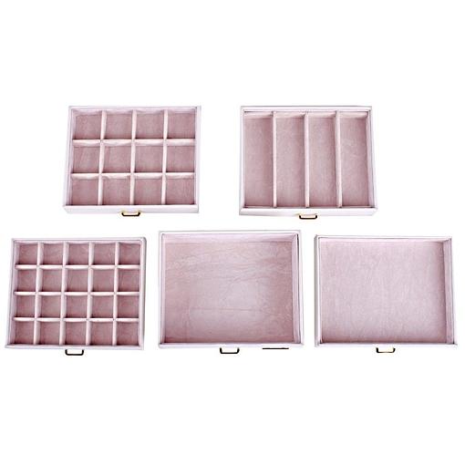 Compartiments de la boîte à bijoux en cuir blanc tiroirs et portes