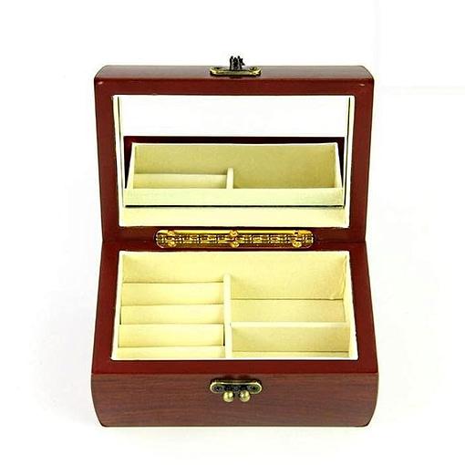 Vue de face de la boîte à bijoux en bois fermoir (ouverte)