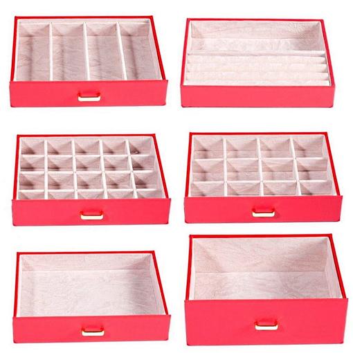 Vue aérienne des rangements de la grande boîte à bijoux en cuir rouge à 5 tiroirs