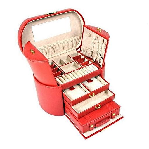 Vue de 3/4 de la grande boîte à bijoux en cuir rouge ovale (ouverte)