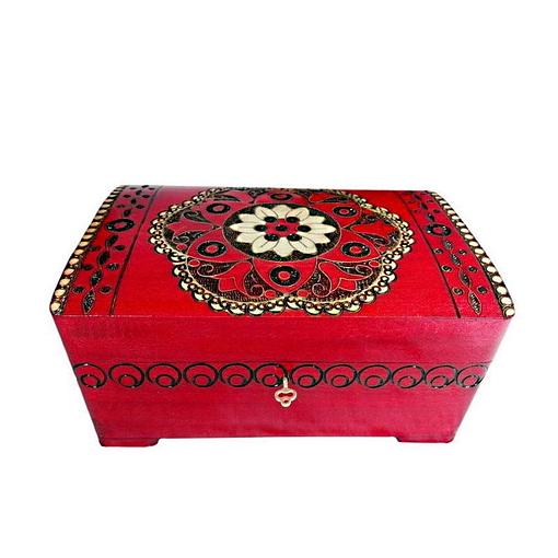Vue de face de la boîte à bijoux originale rouge rosace