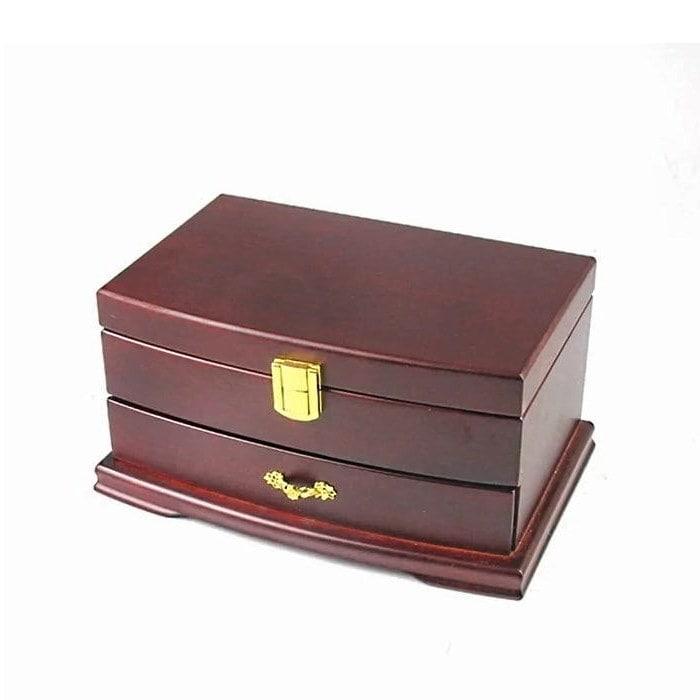 Vue de 3/4 de la boîte à bijoux en bois élégante (fermée)