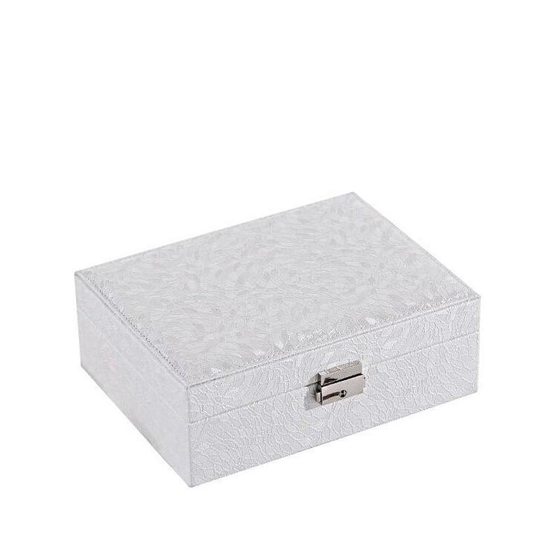 Vue de 3/4 de la boîte à bijoux en cuir blanc à double fond (fermée)